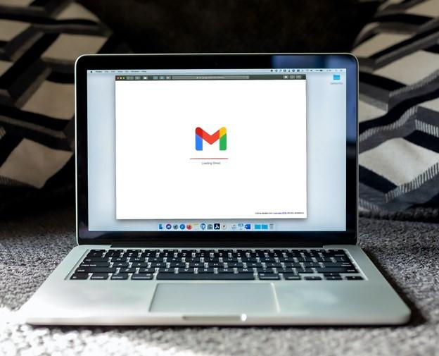 Gmail window loading in mac laptop